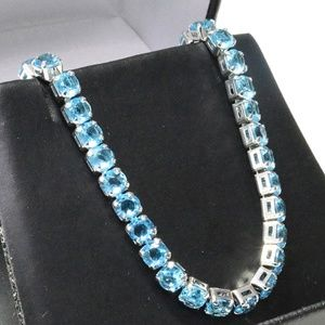 Jewelry - 1 carat light blue cubic zirconia bracelet